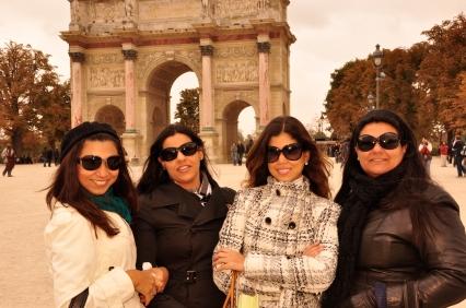 amigas em Paris